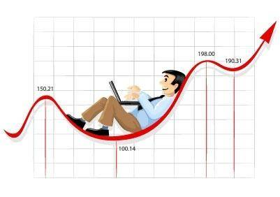 free vector Businessman working on the currency chart line